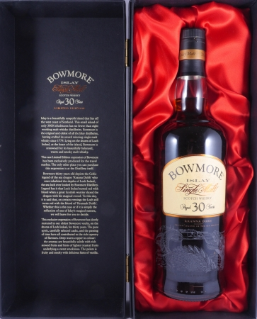 Bowmore 30 Years Kranna Dubh Celtic Legends of the Sea Dragon Limited Edition Islay Single Malt Scotch Whisky 43.0%