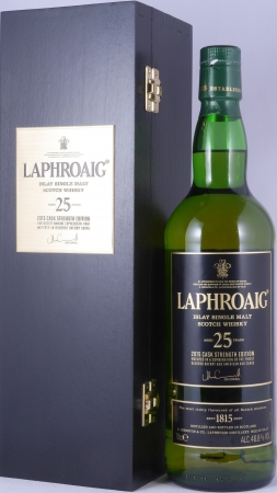 Laphroaig 25 Years Cask Strength Limited Edition 2015 Islay Single Malt Scotch Whisky 46.8%