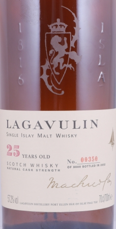 Lagavulin 1977 25 Years Special Release 2002 Islay Single Islay Malt Scotch Whisky Cask Strength 57.2%