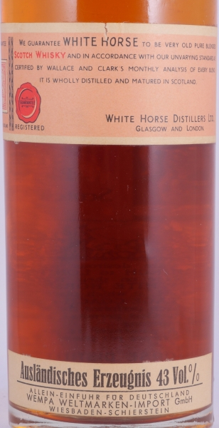 White Horse Blended Scotch Whisky with Tin Cap 43.0% old bottling from the 60s