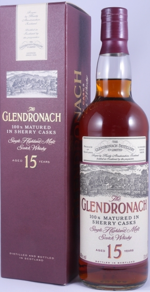Glendronach 15 Years Old Bottling 100% Matured in Sherry Casks Highland Single Malt Scotch Whisky 40,0%